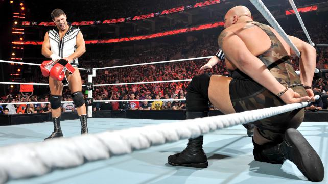- WWE_Raw_03192012_Rhodes_BigShow